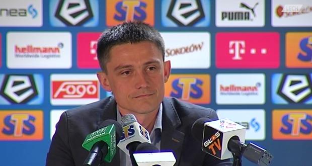 Trener Mariusz Rumak - fot. screen z LechTV