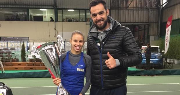 Magda Linette i trener Izo Zunic po triumfie w Grenoble - fot. facebook.com